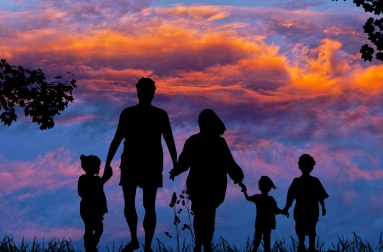 30 Inspirational Quotes About Parenting & Becoming A Great Parent