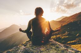 4 Life Changing Benefits of Meditation to Reshape Your Mind