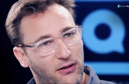 Simon sinek love